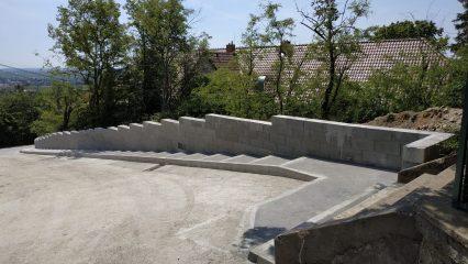 Stavba zoborskej fary (229/336)