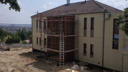 Stavba zoborskej fary (252/336)
