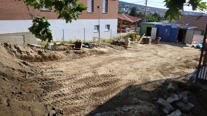 Stavba zoborskej fary (273/336)