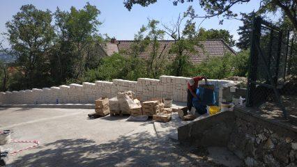 Stavba zoborskej fary (278/336)