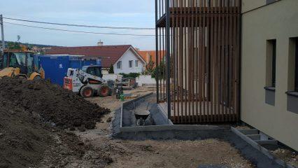 Stavba zoborskej fary (291/336)