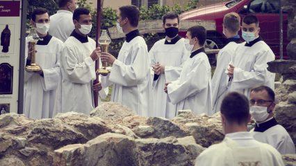 Slávnosť sv. Andreja - Svorada a Benedikta (12/72)