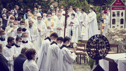 Slávnosť sv. Andreja - Svorada a Benedikta (15/72)