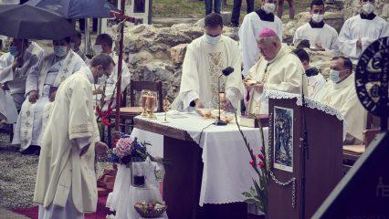 Slávnosť sv. Andreja - Svorada a Benedikta (61/72)