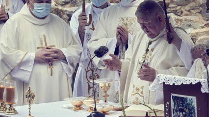 Slávnosť sv. Andreja - Svorada a Benedikta (64/72)