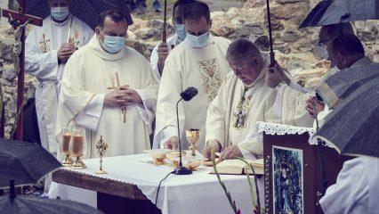 Slávnosť sv. Andreja - Svorada a Benedikta (65/72)